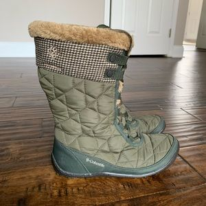 Columbia Minx Mid II Omni-Heat Snow Boot